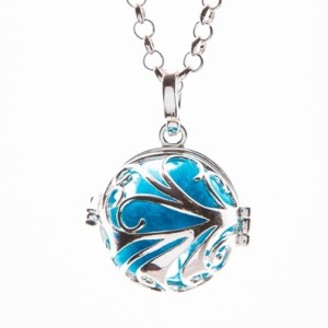 Essential Oil Diffuser Necklace Silver Wave – Izzybell Jewelry